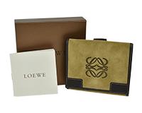 ロエベ二つ折り財布