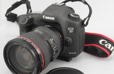 Canon キヤノン EOS 5D MARK III