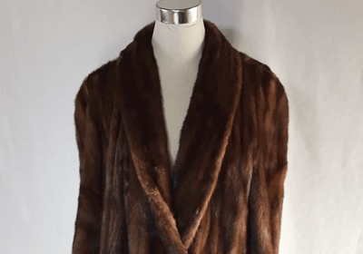 サガミンクの毛皮コート