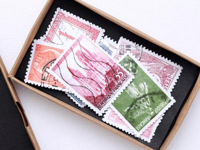 切手コレクションと貴金属のアクセサリー類をお買取