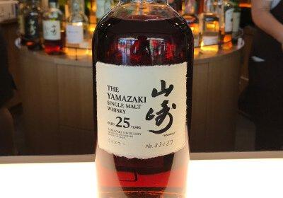 サントリー山崎についてご紹介!【日本で最高峰のウイスキー】