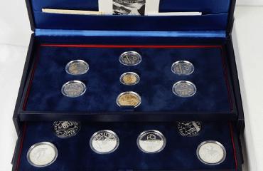 FIFAワールドカップ記念コイン