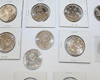 記念銀貨など