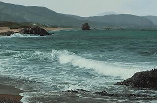 西洋画 藤原秀一 観音岩のみえる海