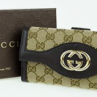 グッチGGキャンバス財布