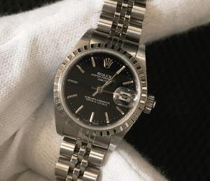 使用しない時計は早めに売却